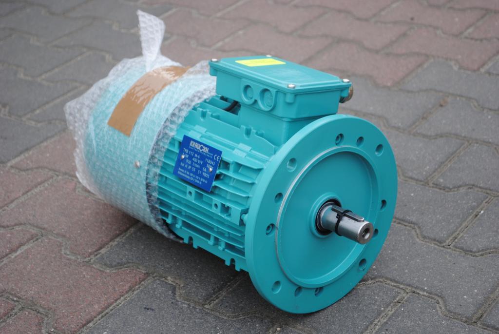 3KW Elektromotor. 930 triedy. s brzdou.