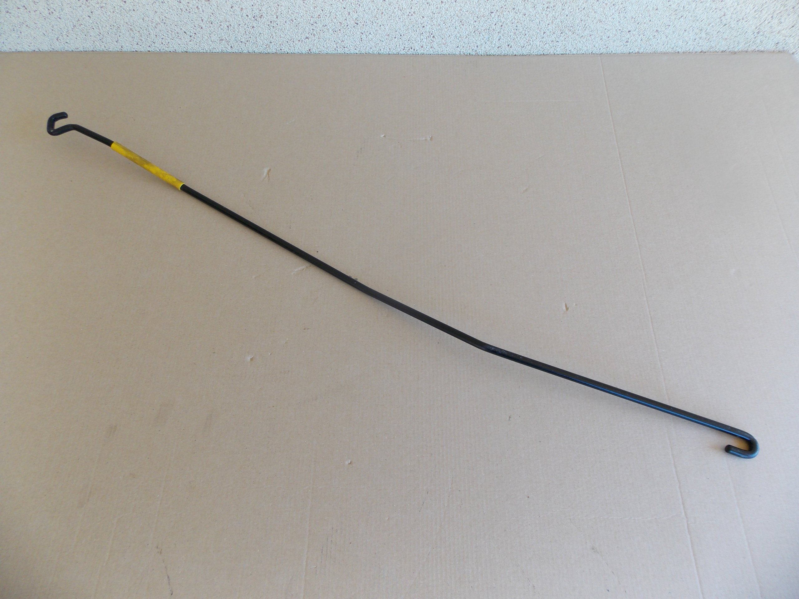Picture of A-CLASS W169 04-08 SUPPORT ROD BAT HOOD