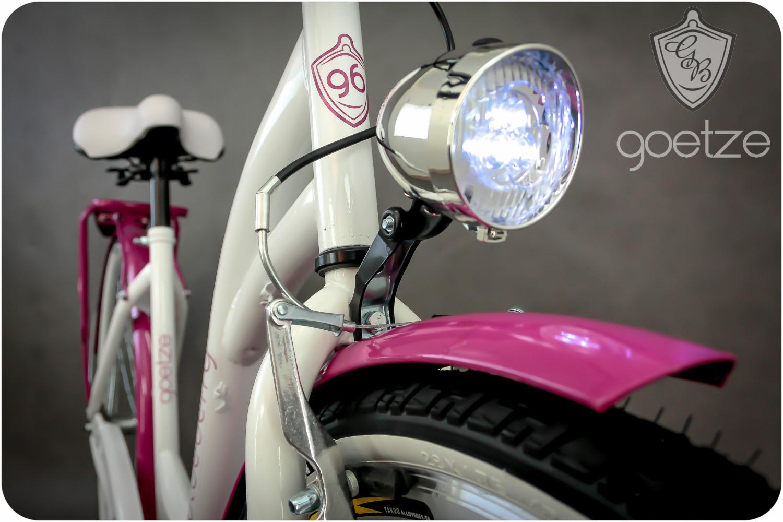 Dámsky mestský bicykel Goetze BLUEBERRY 28 3b košík!  Torpédové brzdy s brzdou v tvare V.