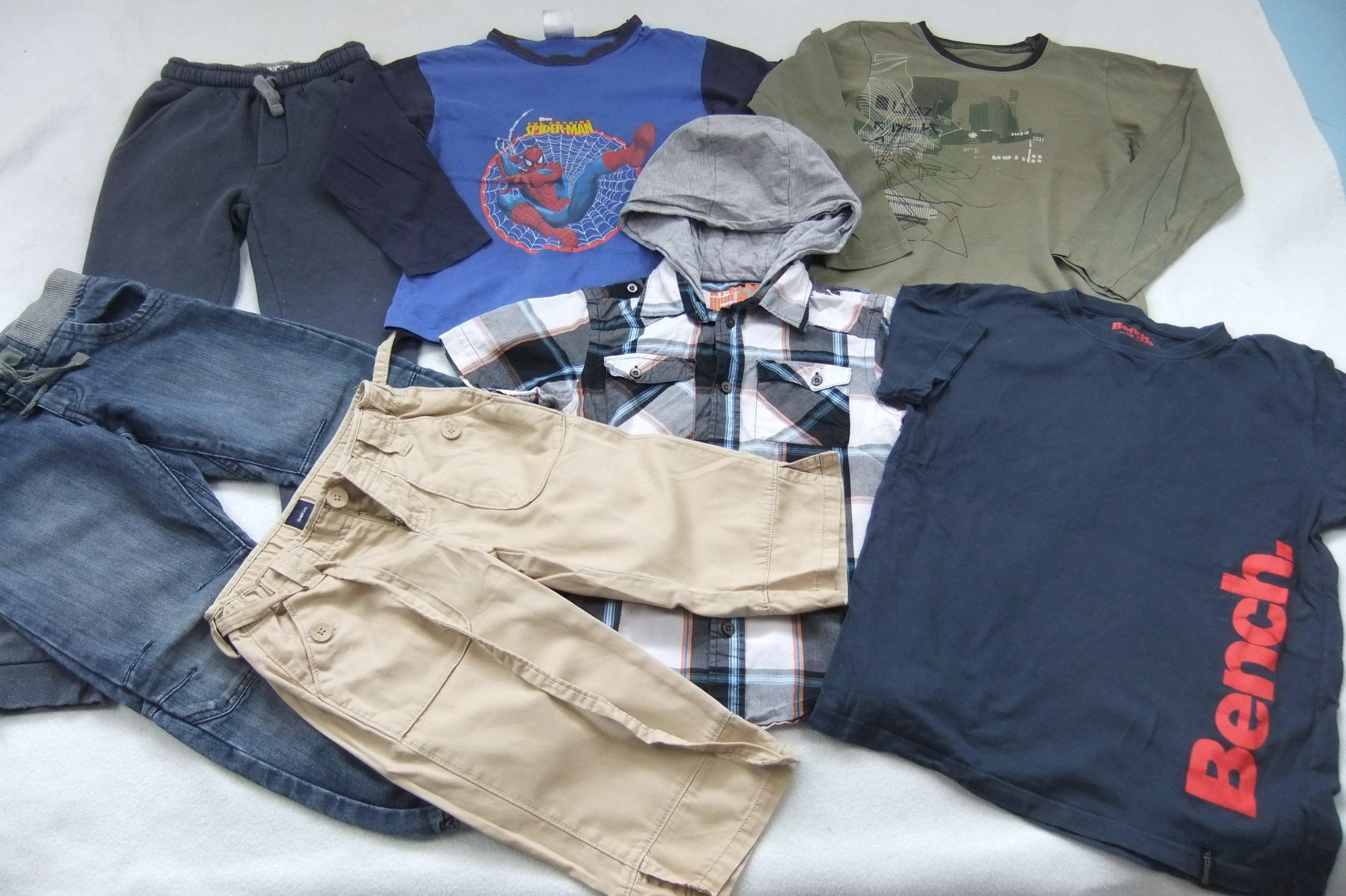 ubranka dla chłopca 128/134 zestaw bluzki spodnie