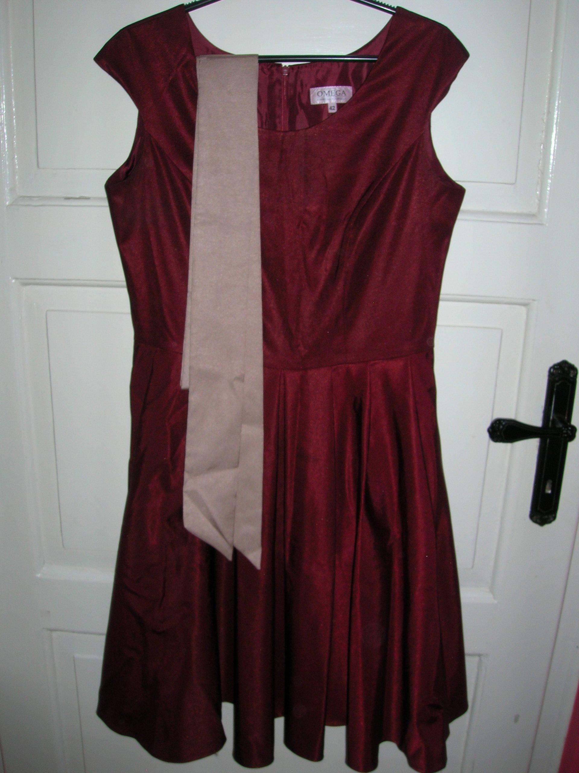 c7e9c50e51 Sukienka rozkloszowana idealna na wesele - 7410490342 - oficjalne ...