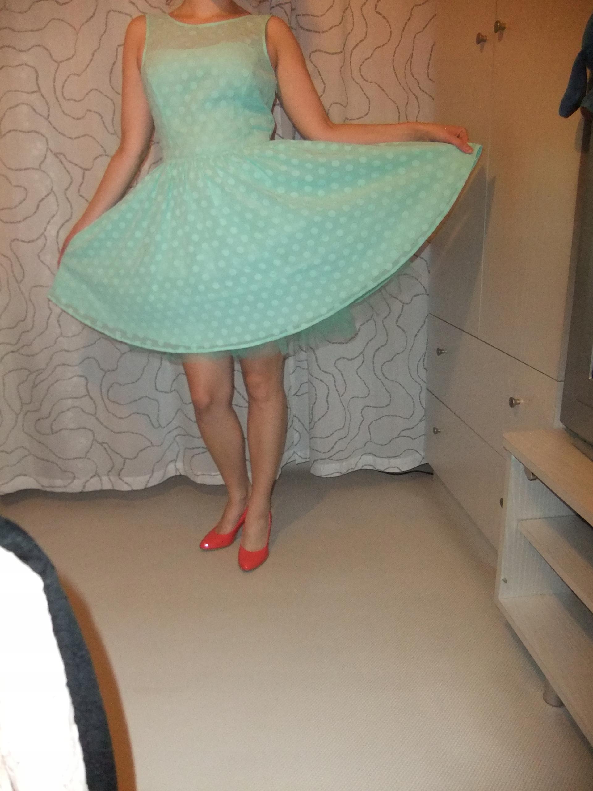 d979a6b5 MOHITO miętowa sukienka tiul grochy M