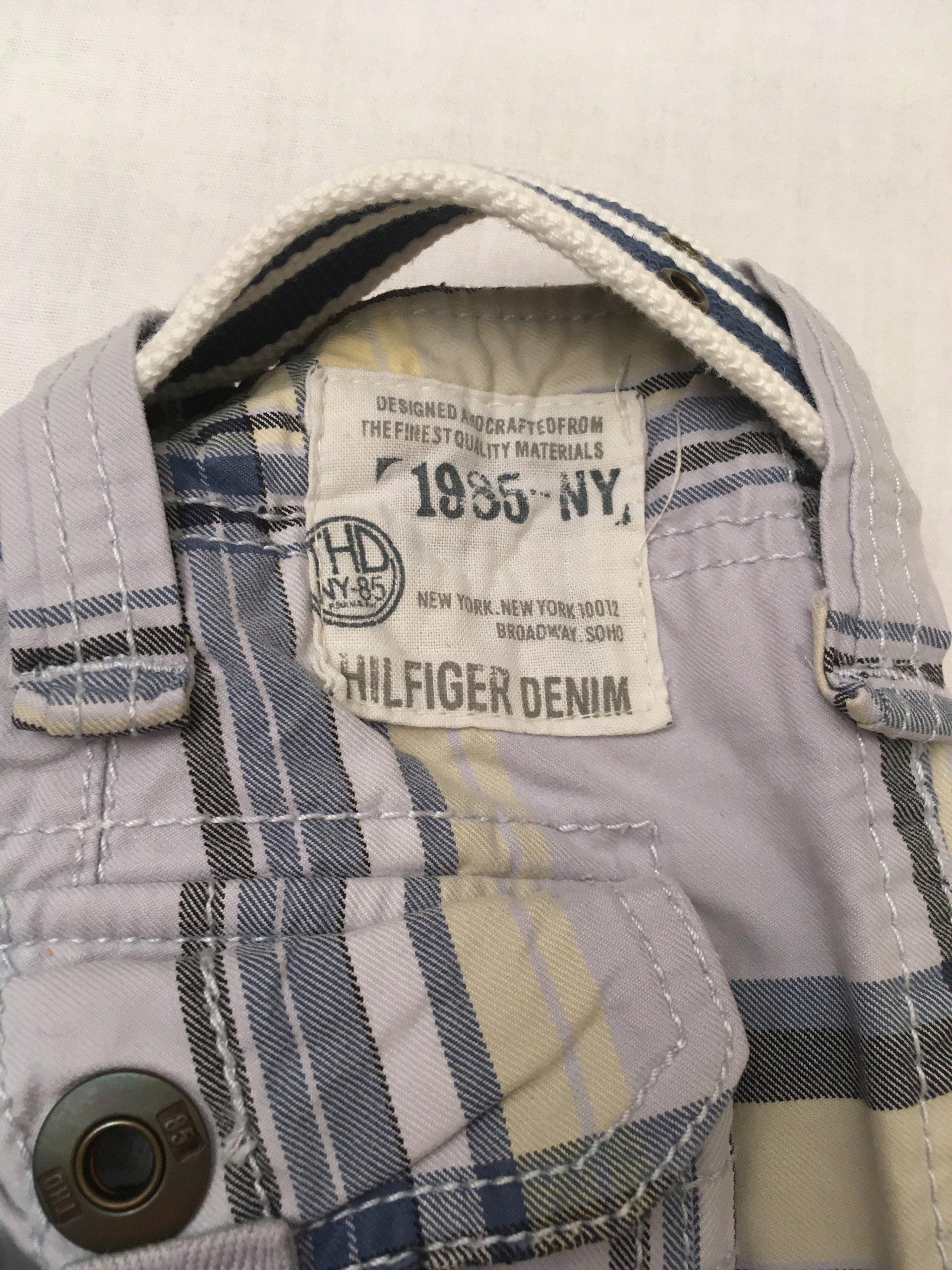 88a85858 HILFIGER DENIM, KRÓTKIE SPODENKI, pas 44 cm, W 30