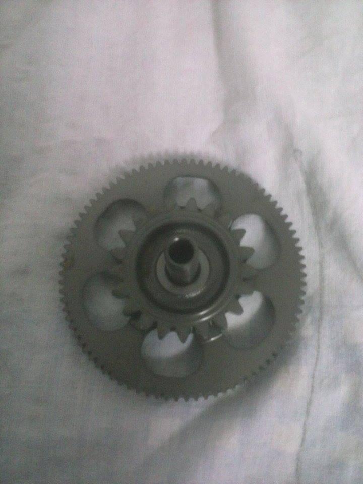 honda magna 750 vf ,93 -03 zębatka
