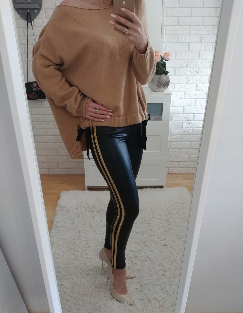 68d4b2f16e1e spodnie damskie czarne lampas złoty roz uni - 7699317555 - oficjalne ...