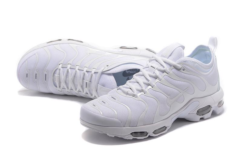 NIKE AIR MAX PLUS TUNED WHITE 898015 109 NR 45 7055704514