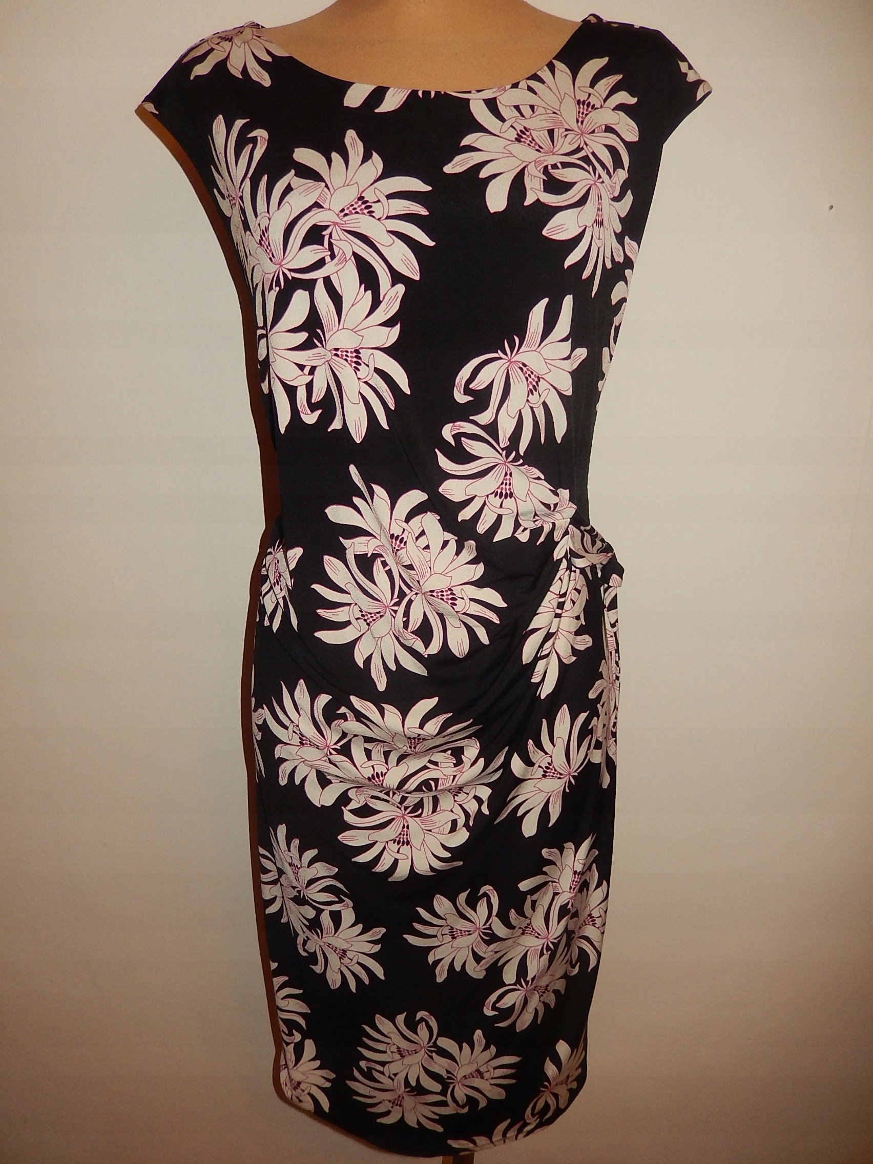 F&F sukienka w kwiaty r. 2250~falek18