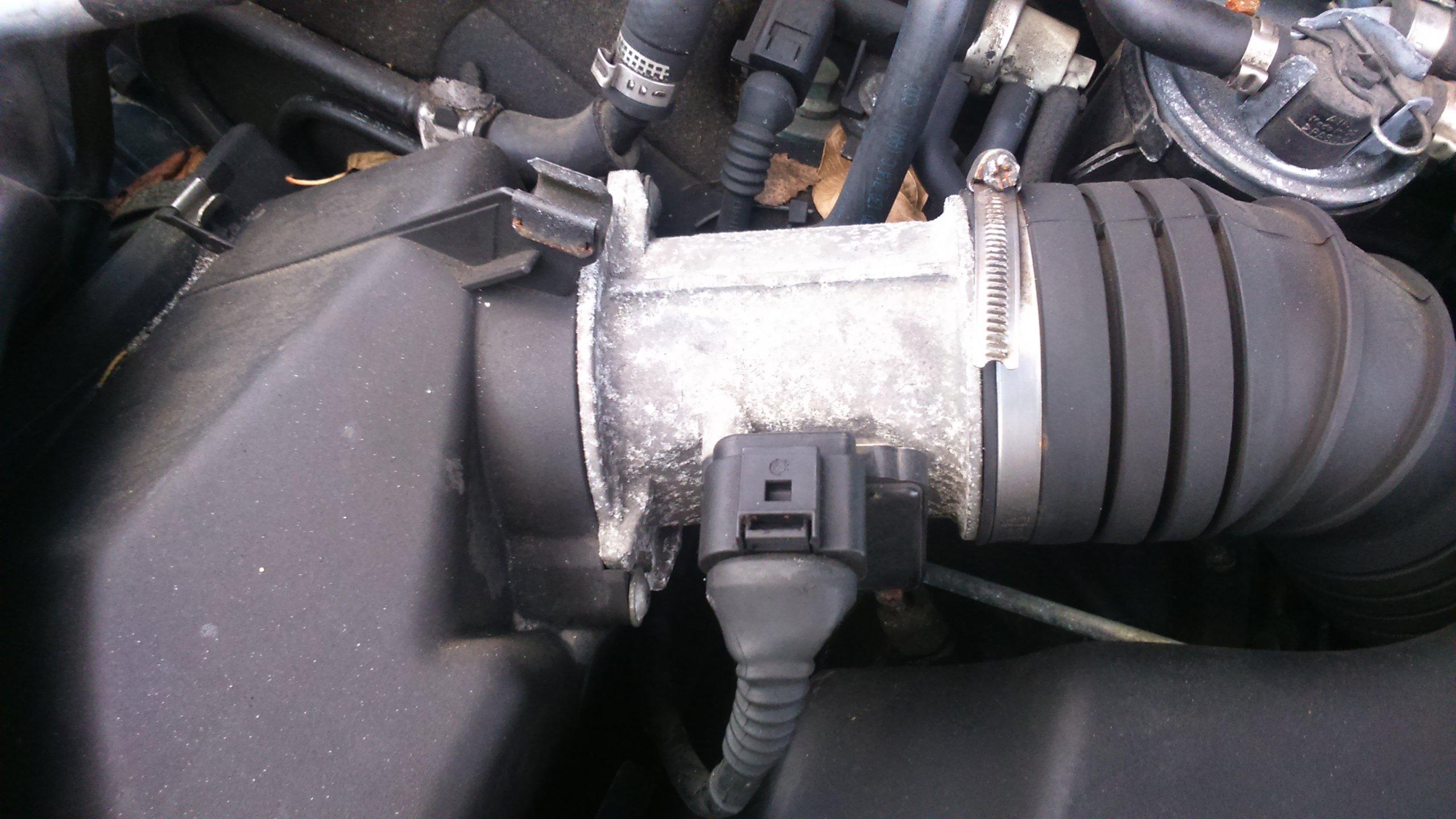 Przepływomierz VW Passat Audi 2,5 TDI 163 KM