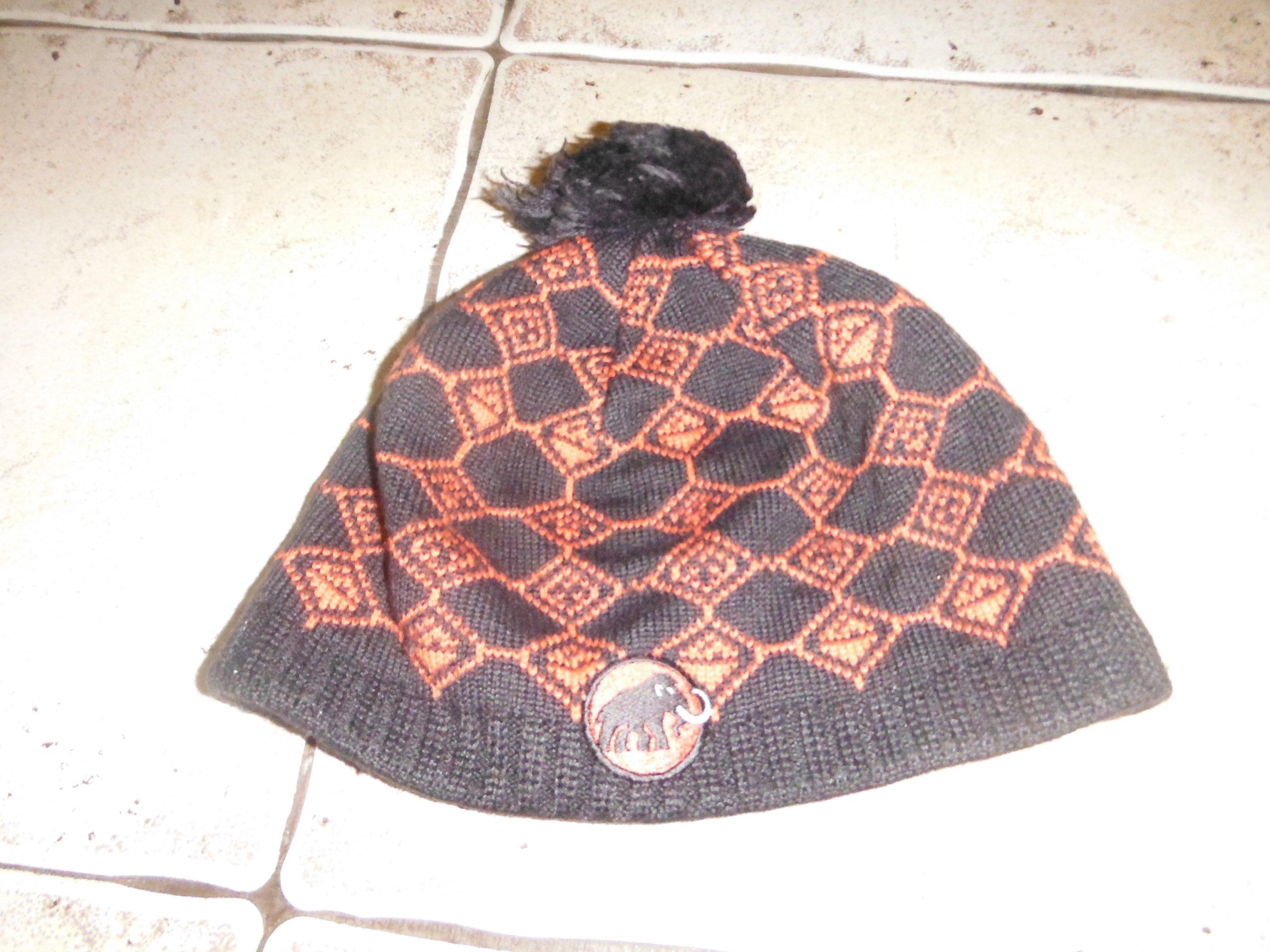 czapka mammut