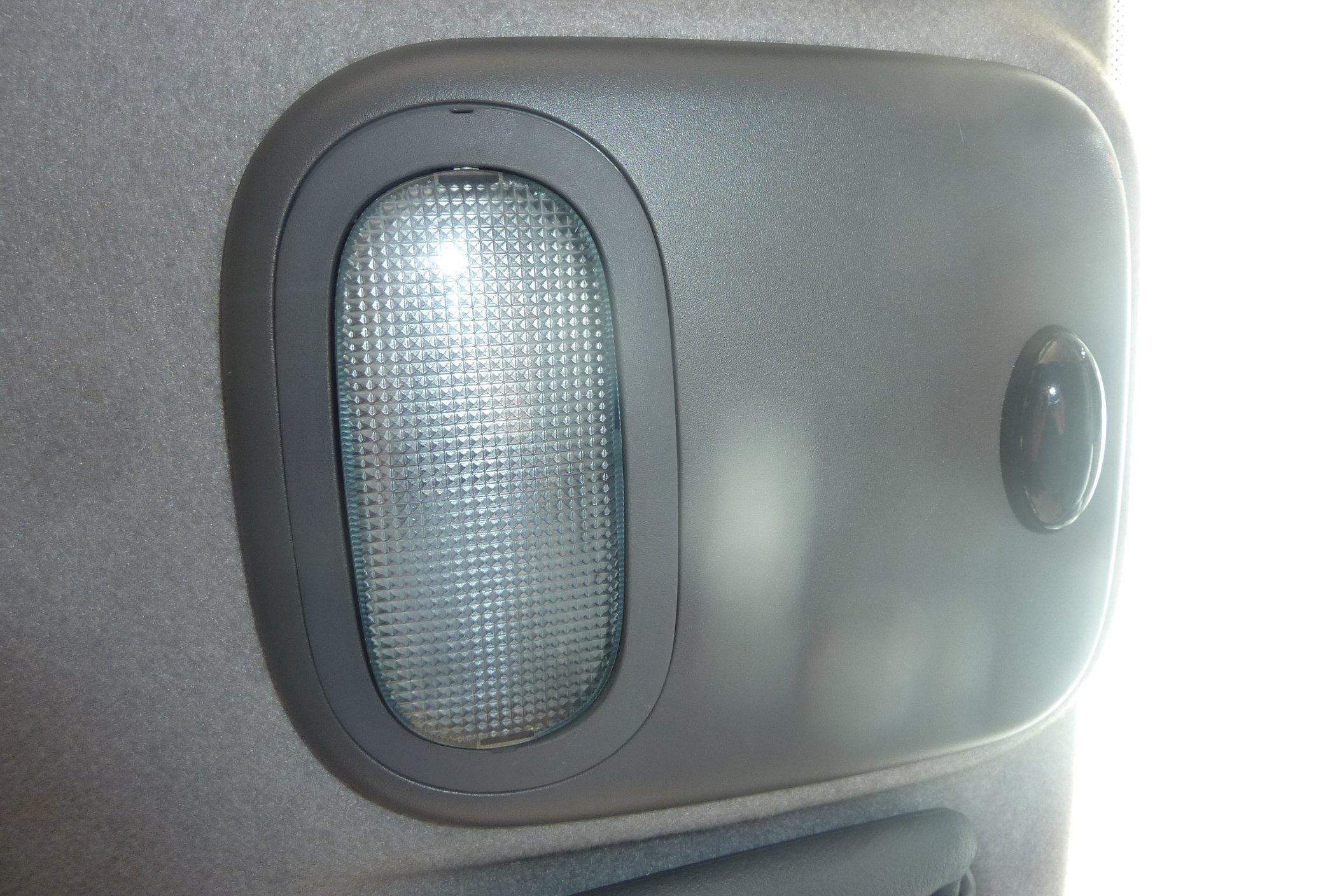 Clio Ii 98 01 Lampka Oświetlenie Kabiny Fvat 6975669400