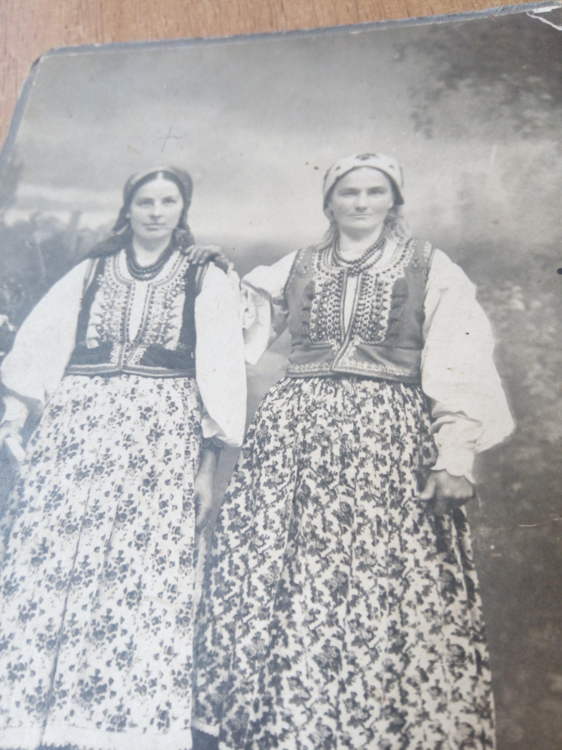 1ba81d27708c09 KRAKOWSKI STRÓJ LUDOWY KRAKOWIANKA KOBIETA 1910 r. - 7251222246 ...