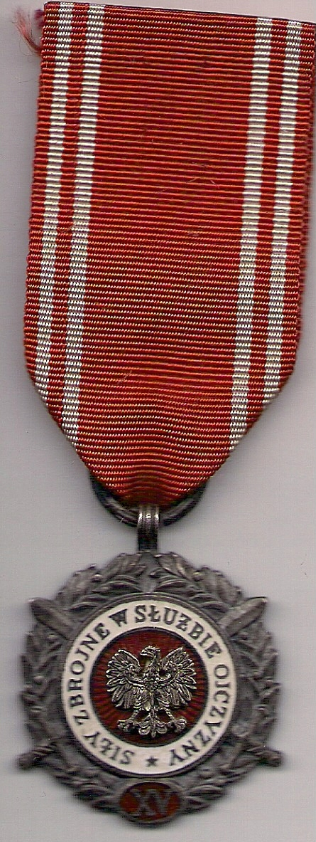 Sr. med. /XV/ siły zbr. w sł. ojczyzny z wąsk. V