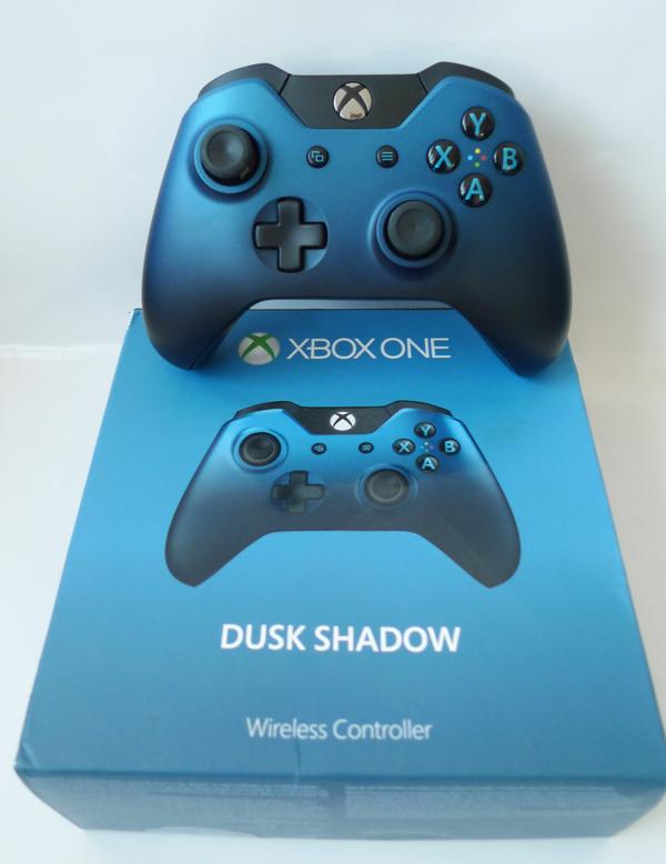 Pad Xbox One S - DUSK SHADOW MODEL 1697 PUDEŁKO - 7066365113