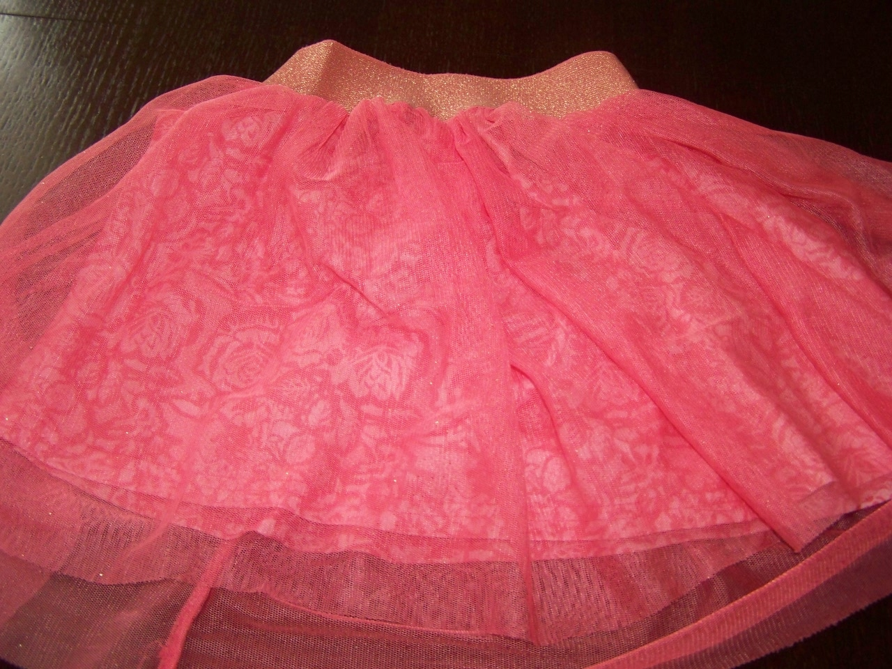 6e7583df Róże, piękna tiulowa spódniczka ze smyka