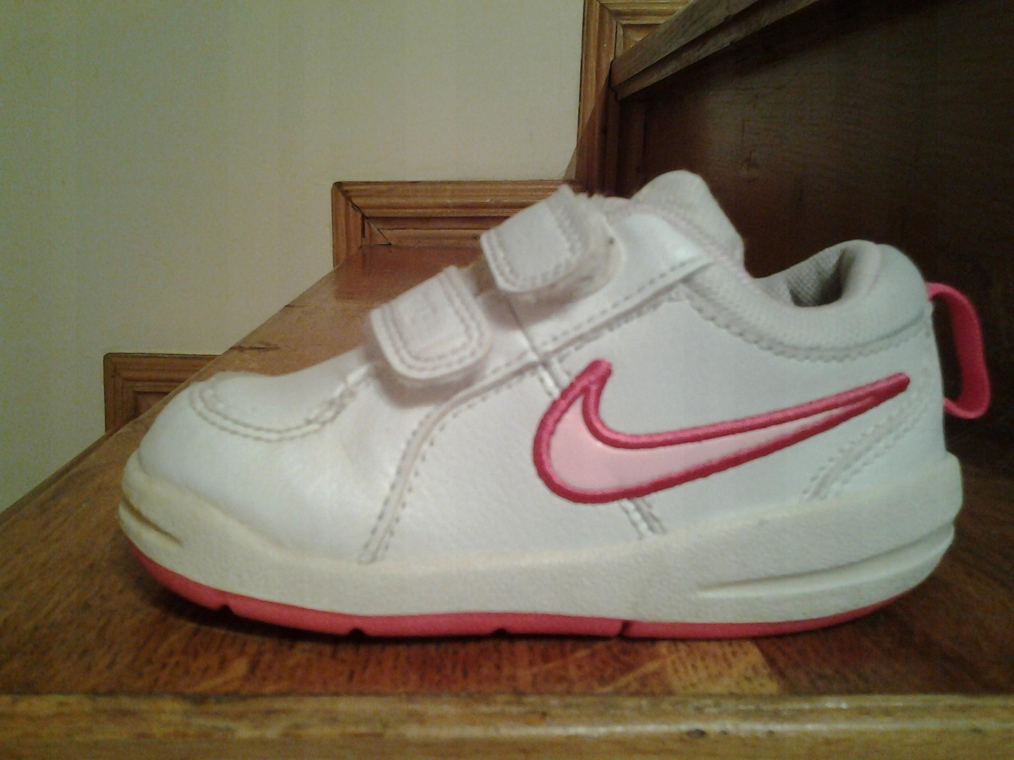 015dfa52d693 Nike buciki dziecięce sportowe na rzepy - 7534441578 - oficjalne ...