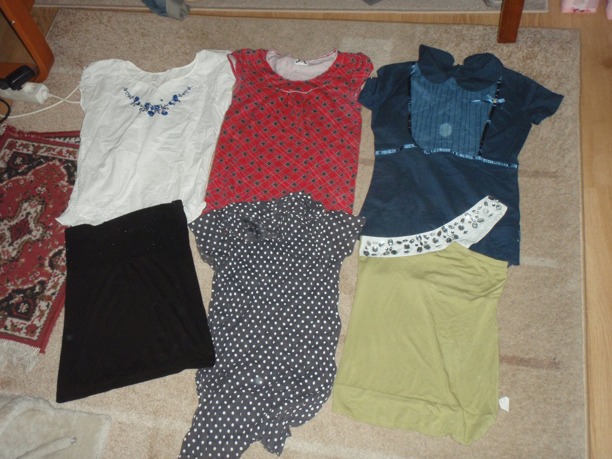 b01b5b3cfc Ubrania damskie S M 33 szt spodnie bluzki 4 kurtki - 7213555299 ...