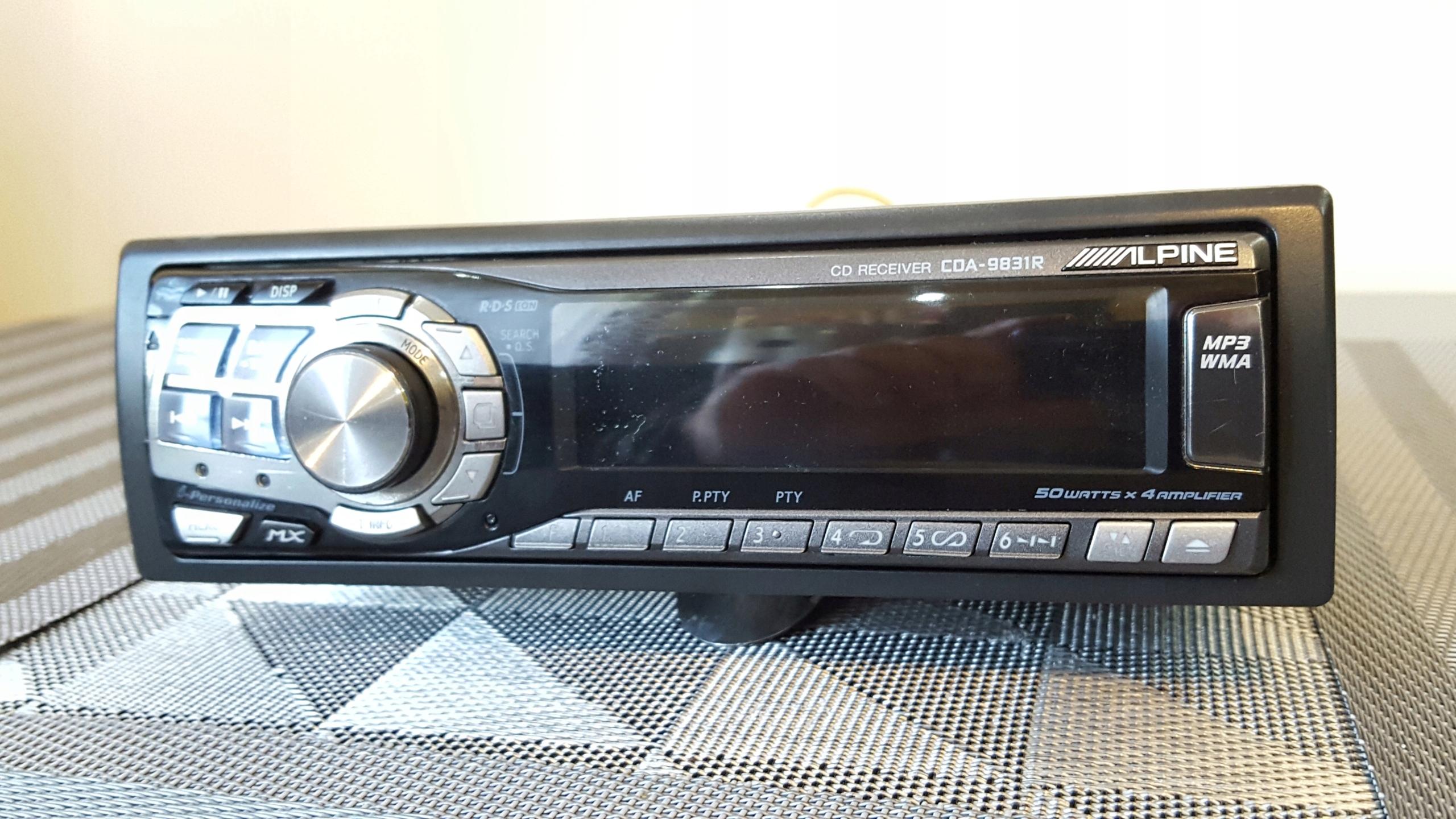 HI END CD MP3 Alpine CDA 9831R