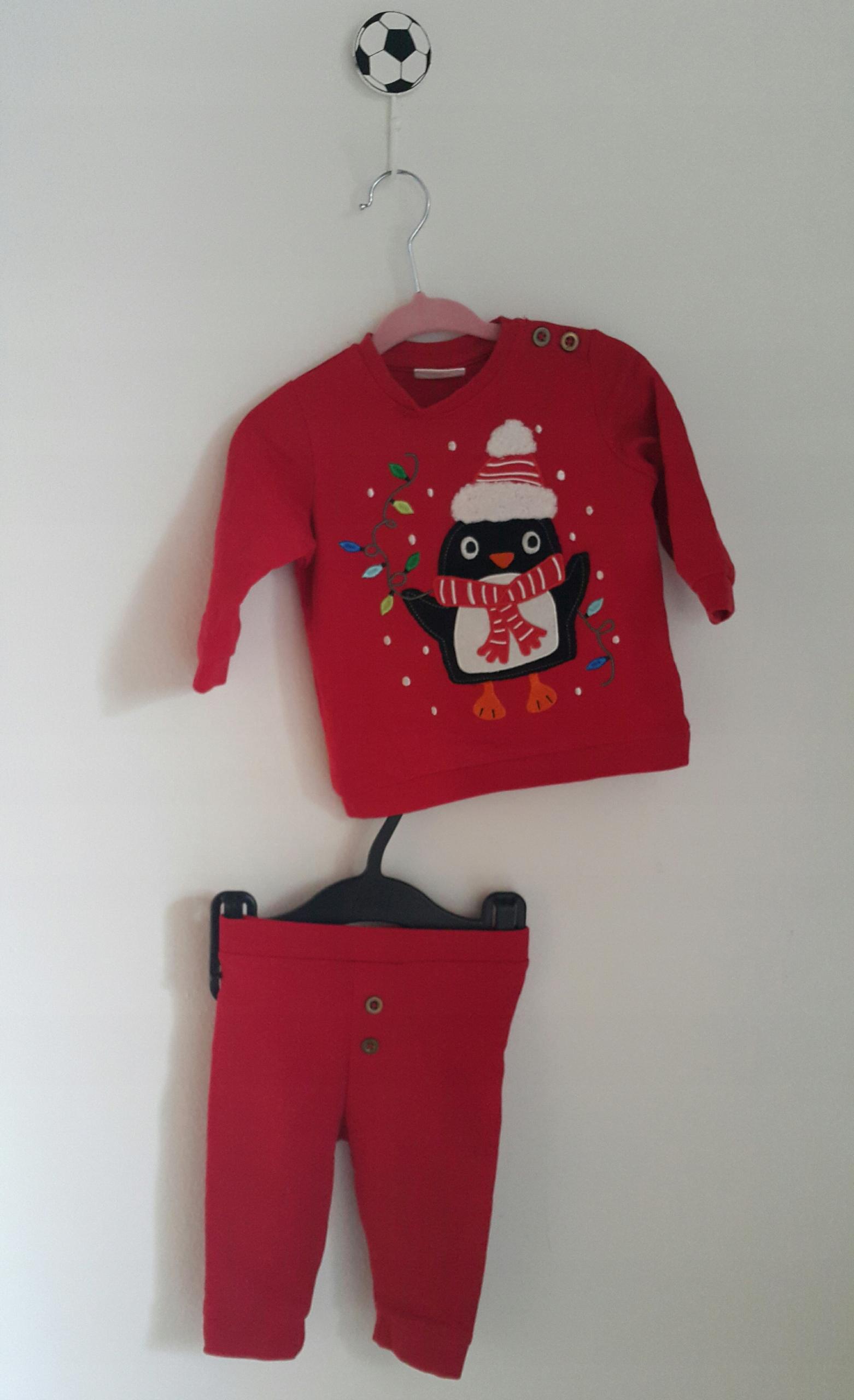 KappAhl świąteczny dres pingwinek guziki r. 62