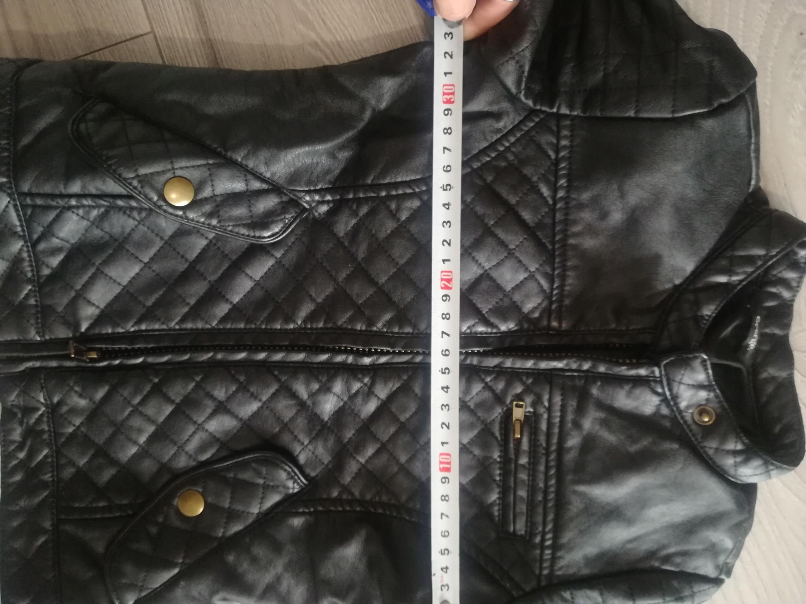 lenoshka kurtki czarne pikowane