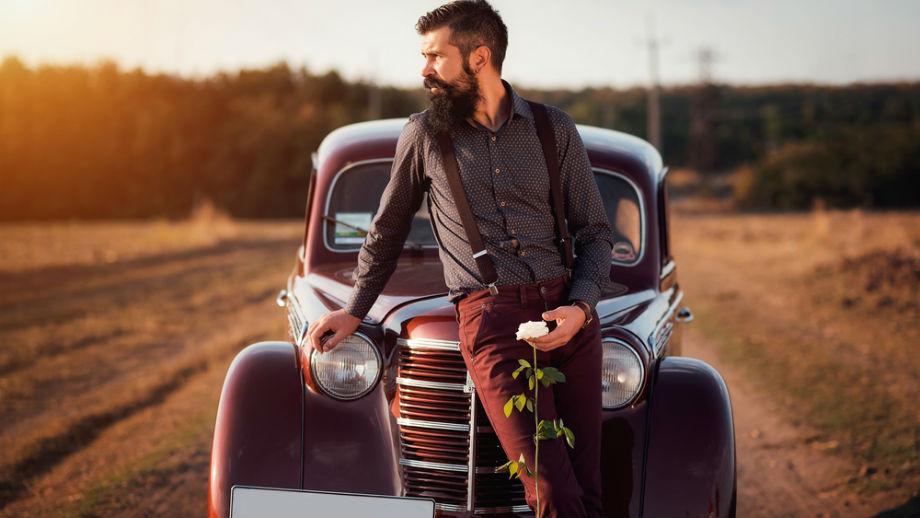Spodnie w jesiennych kolorach – czerwień, musztardowy, pomarańczowy