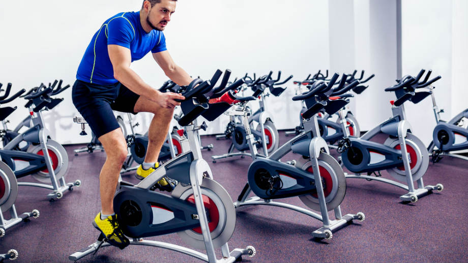 Spinning coraz bardziej popularny. Przegląd rowerów stacjonarnych
