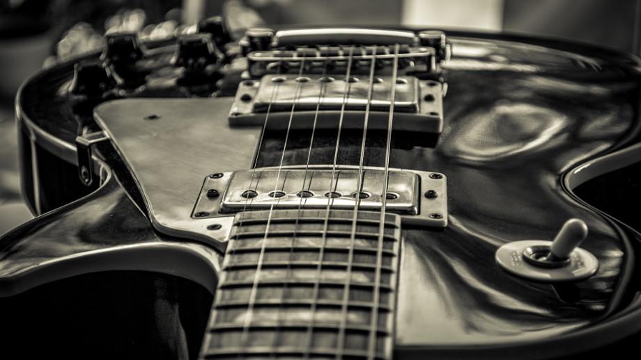 8 polecanych słuchawek do rocka i metalu Allegro.pl