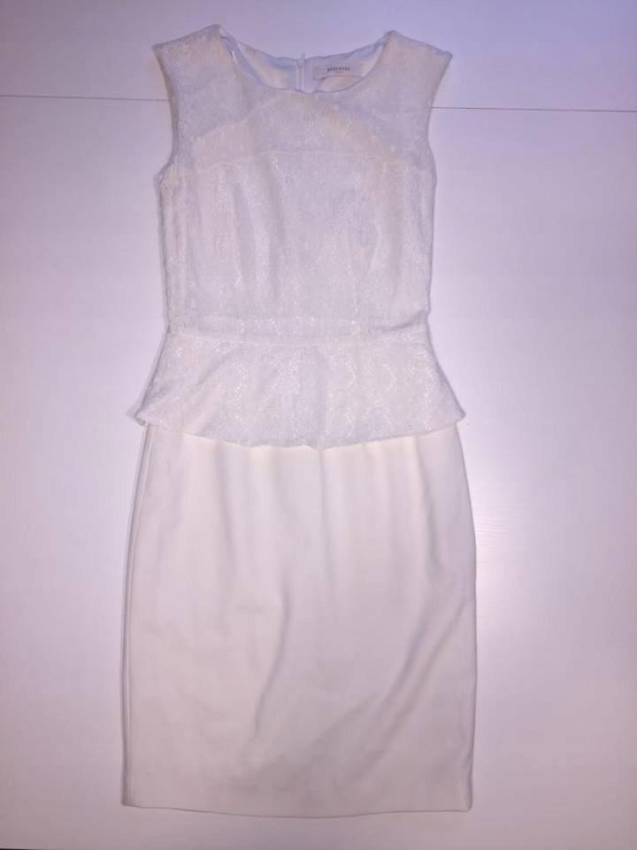 RESERVED sukienka biała koronka baskinka r 34 7662038357