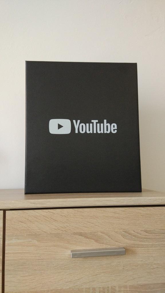 Charytatywna Licytacja Srebrny Przycisk Youtube 7205822468 Oficjalne Archiwum Allegro