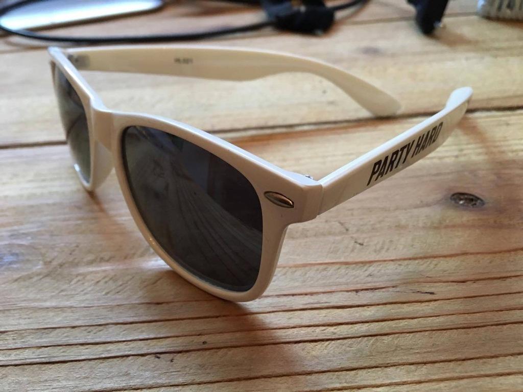 Okulary przeciwsłoneczne diamante wear PARTY HARD