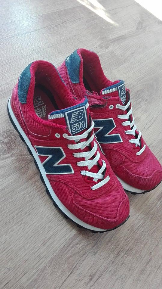 nb 574 czerwone