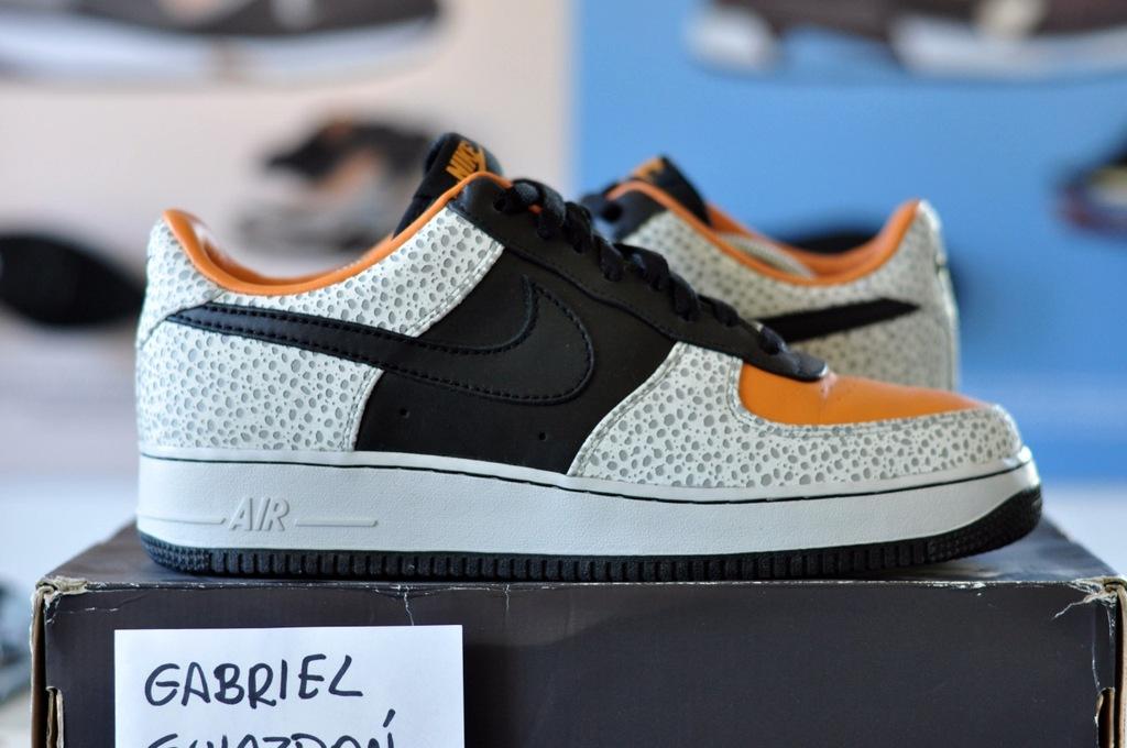 Nike Air Force 1 Supreme Safari 44.5 10.5US yeezy
