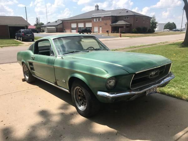 Mustang 1967 Cena