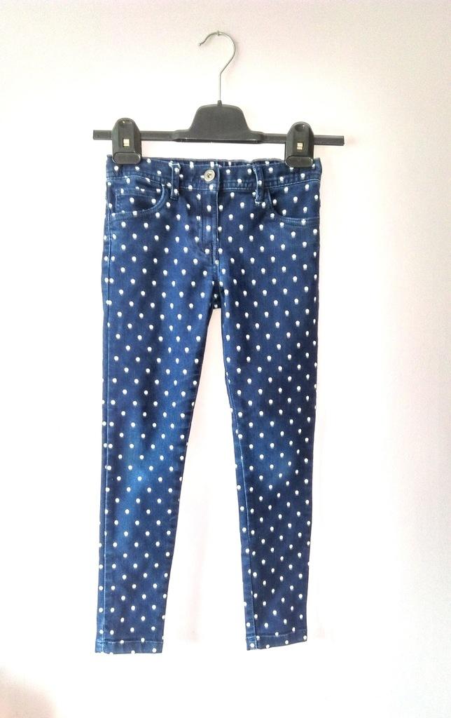 F&F spodnie jeansy rurki skinny  122/128