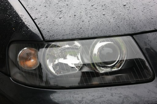 Lampy reflektory audi a3 8l lift zregenerowane 6864967781 for Mueble 2 din audi a3 8l